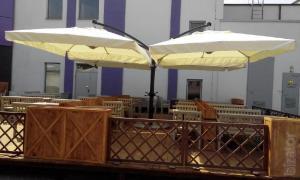 Продаж парасольок для кафе, ресторанів Київ і вся Україна